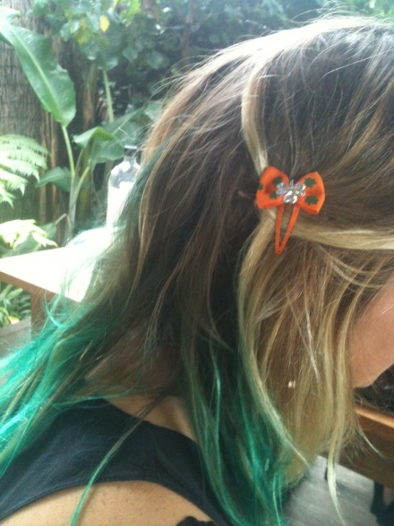 Paddys day hair clip